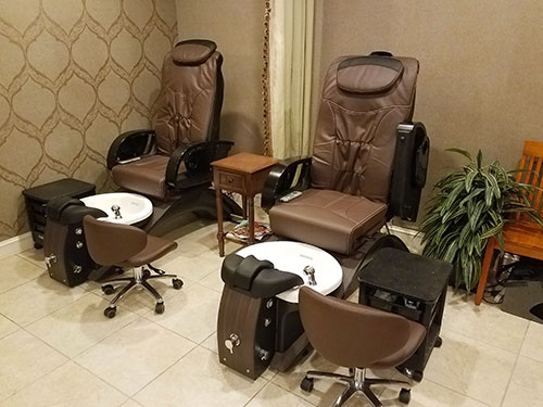 Luxe Spa Pedicure Chairs1